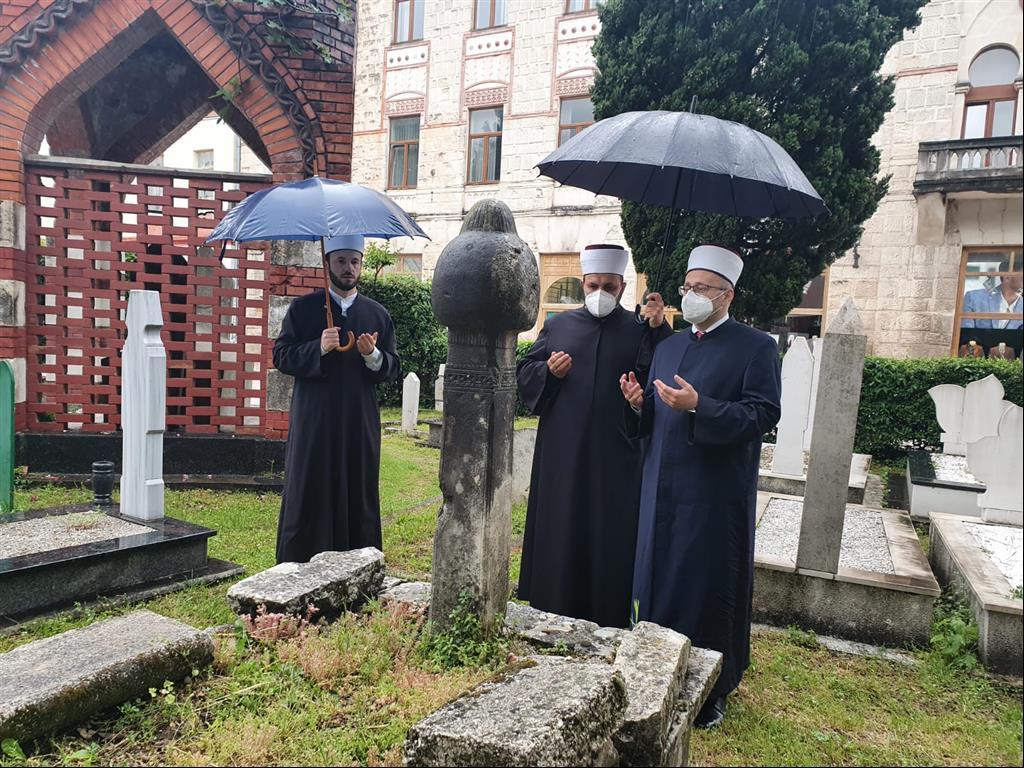 Muftija mostarski: Ima ljudi koji ovom zemljom danas hode, ali su oni duhovni mrtvaci